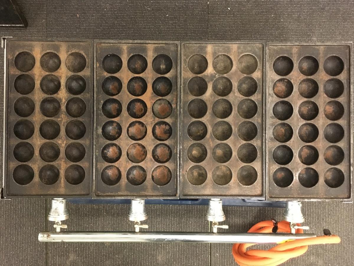 103 たこ焼き 店舗 屋台 鉄板ガス業務用 メーカー不明 たこ焼き器 18穴 直径4.5㎝ 4連&鉄板付き LPG専用 中古_画像3