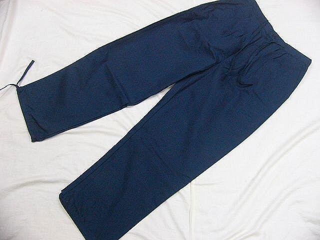 わけあり品 濃紺色地 綿100%・シャンタン生地 作務衣 LLサイズ 未使用品_画像6