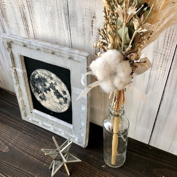 星月猫★「ホワイトコットンフラワーとパンパスグラスの一輪挿し用スワッグ」ドライフラワースワッグ 花束_画像4