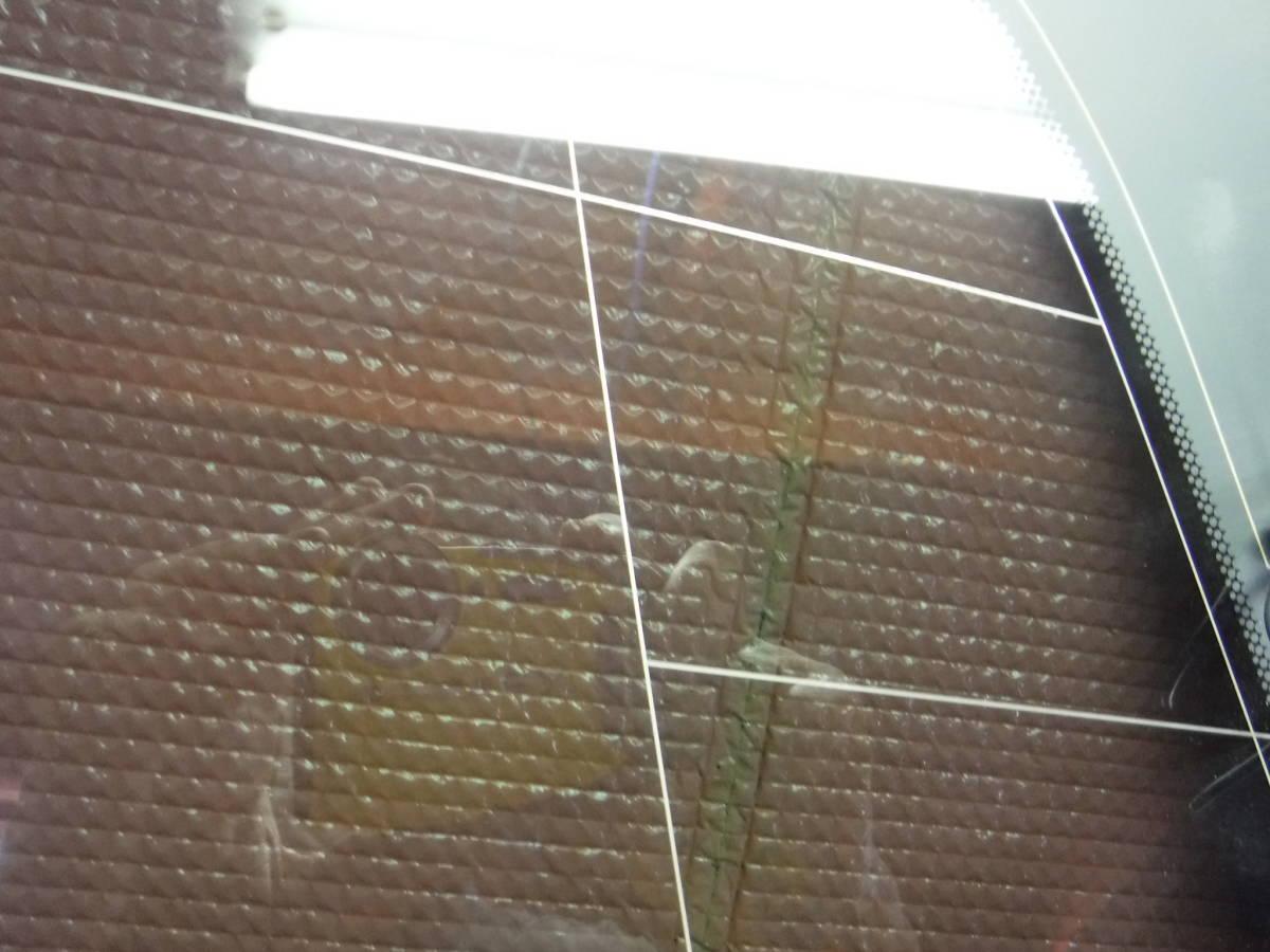 ヴェルファイア GGH20W クォーターガラス 右 AGC M2L3 _画像4