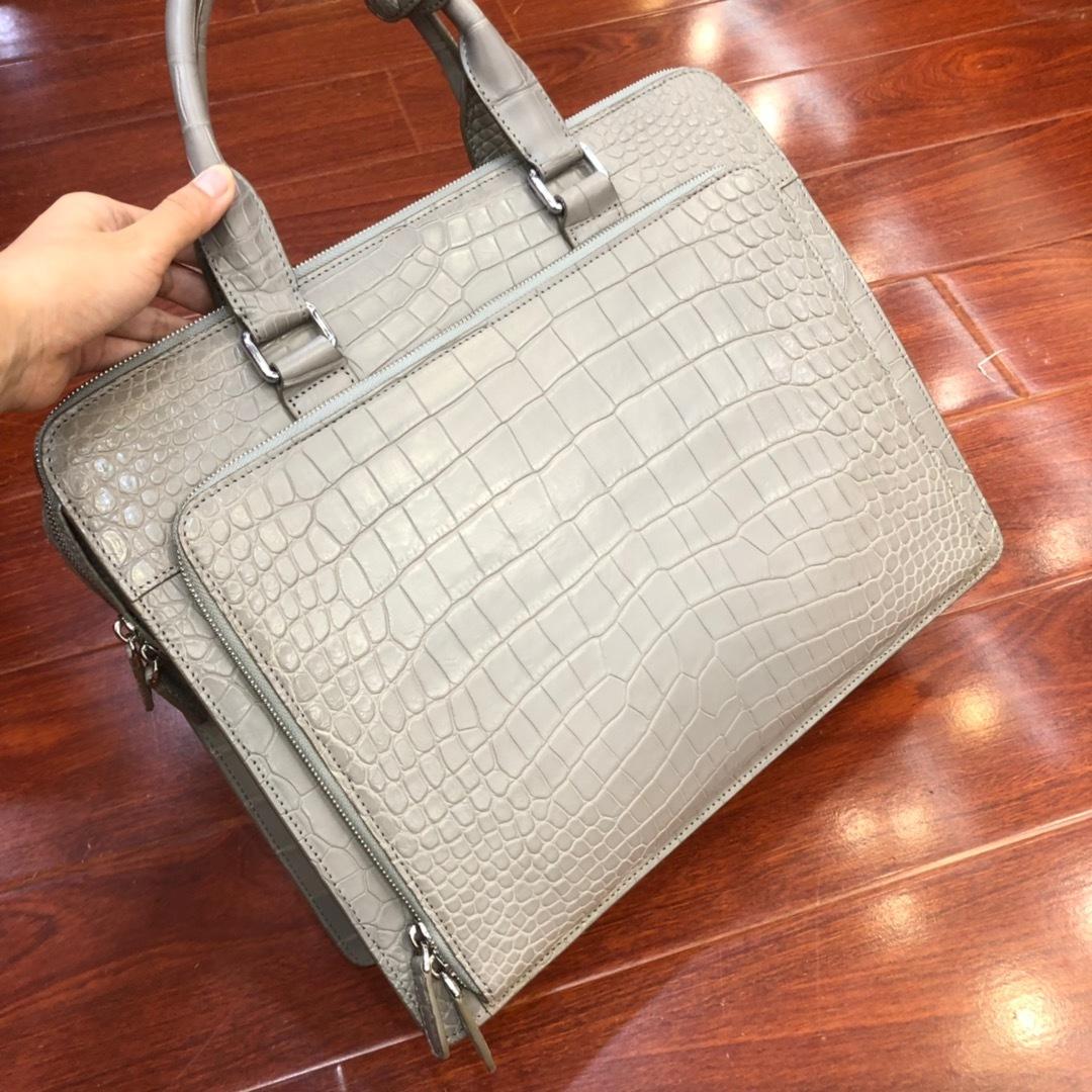 天然ワニ革 クロコダイルレザー ブリーフケース ハンドバッグ トートバッグ ビジネスバッグ メンズバッグ 本革 ファッション 鞄_画像3