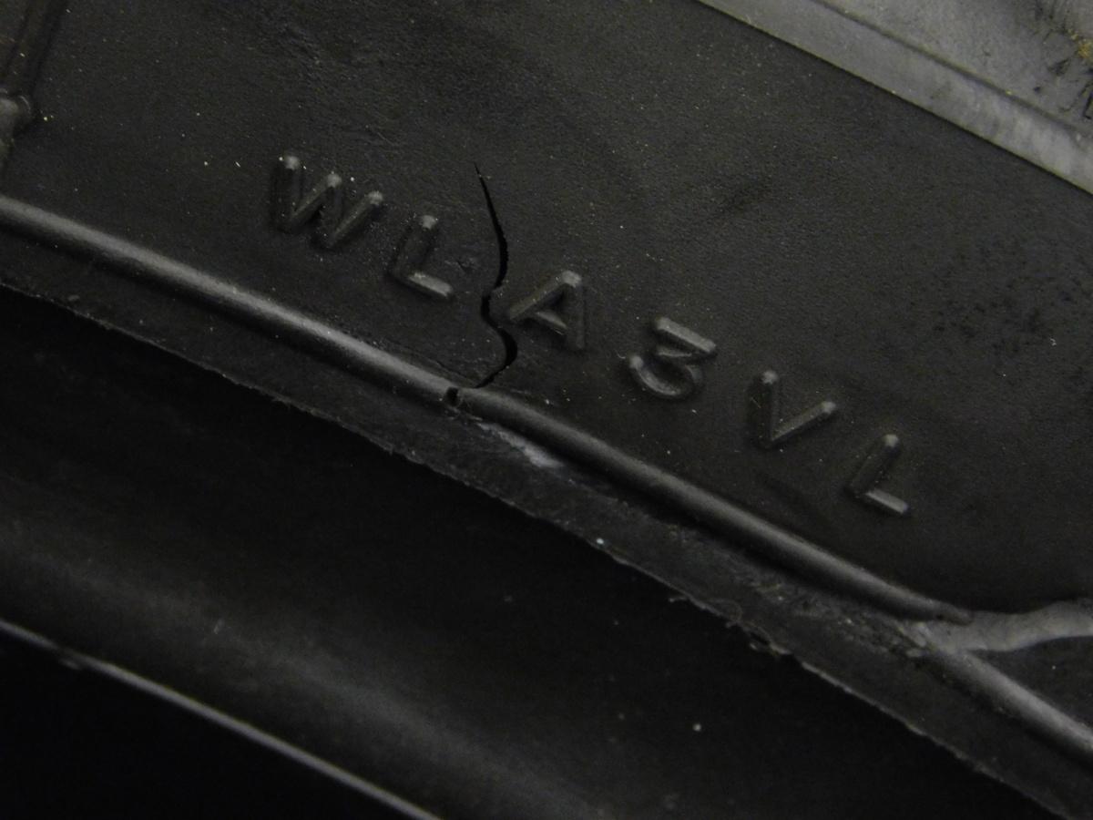 MICHELIN ミシュラン フロント タイヤ 110/70 R17 製造週年0416 山5分 足回り ホイール メンテ に♪_画像4
