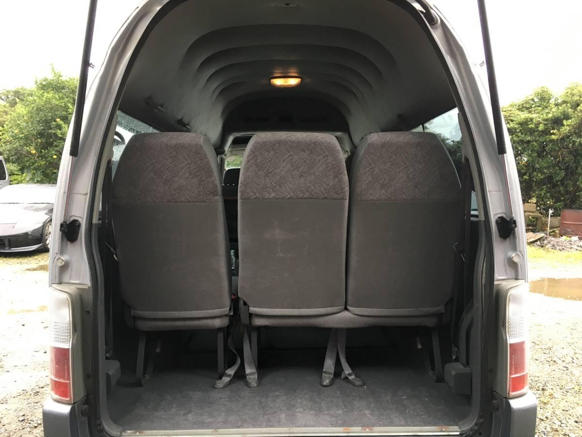 「キャラバン ワゴン E25後期 10人乗り ハイルーフ スーパーロング キーレス シルバーツートン」の画像3