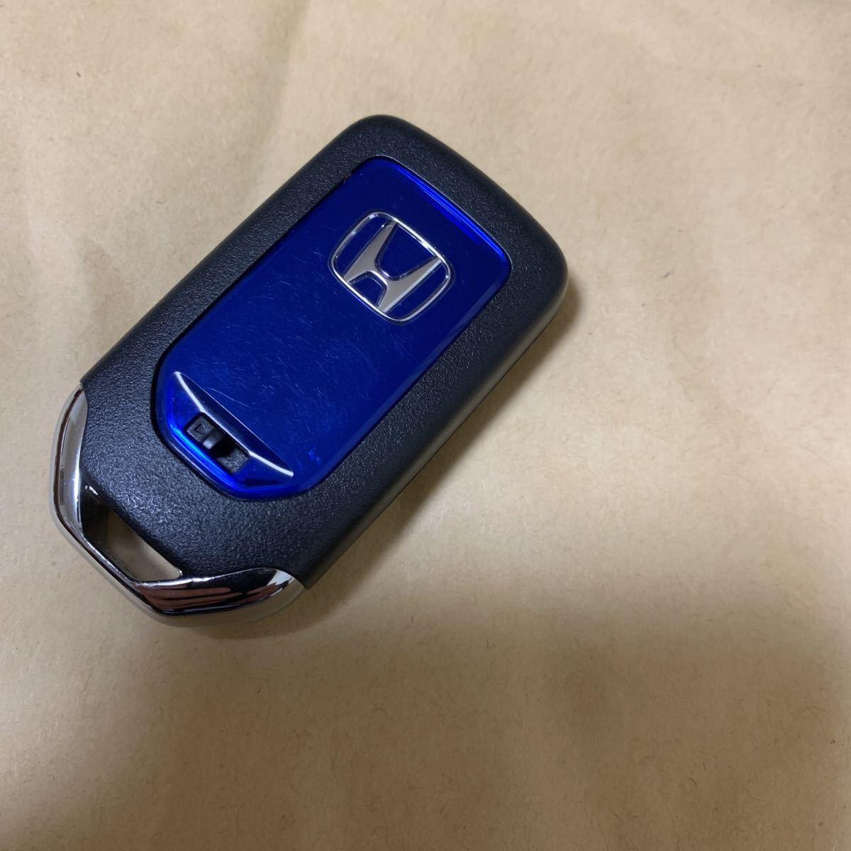 送料無料☆ホンダ 純正ステップワゴンスパーダ ハイブリッド4ボタン スマートキー 両側パワースライド 基盤番号TAD-J11 美品 9_画像1