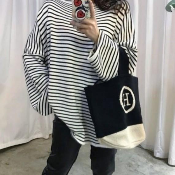 【韓国ファッション】ワンショルダーバック★トートバック★ニット★Hロゴ★ブラック