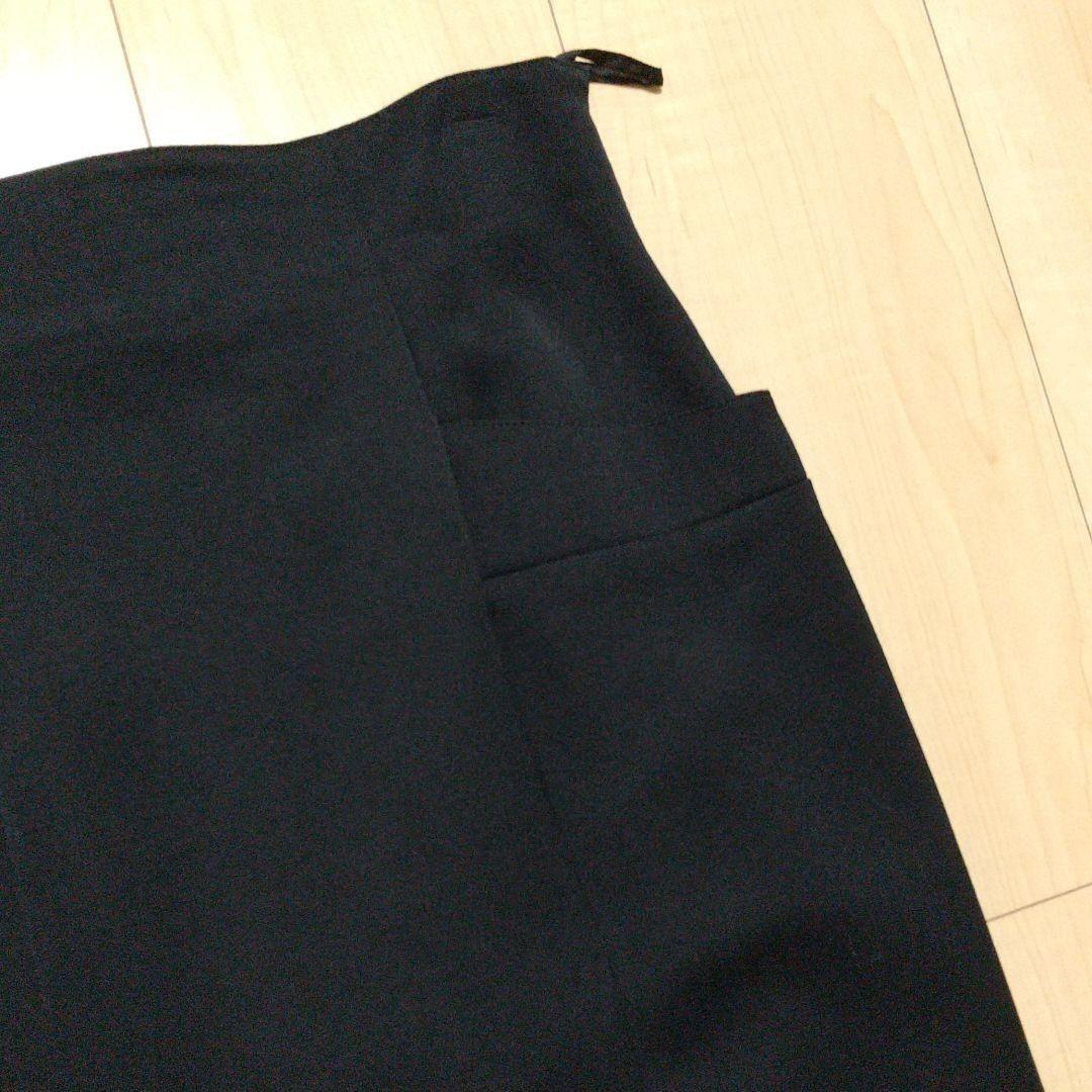 黒 タイト ロングスカート