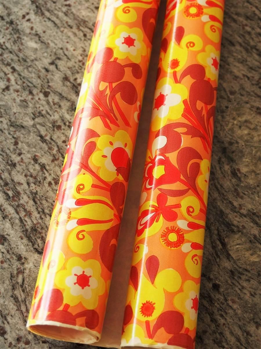 スイス製 ヴィンテージ&レトロ ラッピングペーパー,包装紙 花火の様な花柄_古い品のため端にシワが少しあったりします