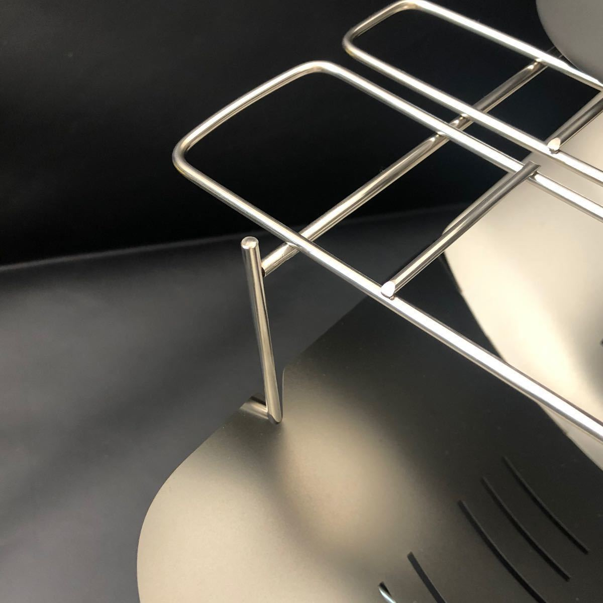 焚き火台 超人気 折り畳み式 頑丈で小型 バーベキューコンロ スピット3本付き