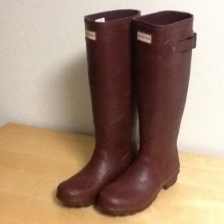 新品未使用 希少 HUNTER ハンター ロングレインブーツ US 5 インチ ブラウン 彫刻柄 (22-23cm) 長さ41cm 長靴_画像2