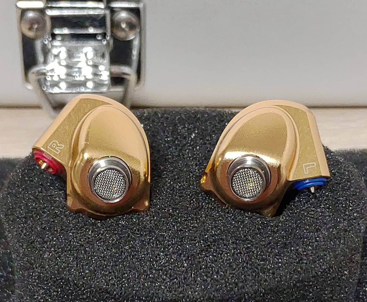 Acoustune HS1695Ti GOLD 140本限定 イヤホン 検) pentaconn sony AK 64 JH campfire noble audio final empire ears AAW FAudio_画像3