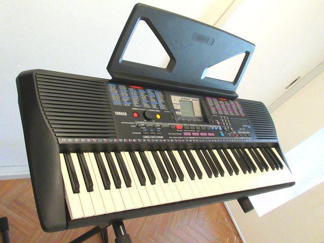 ♪YAMAHA/美品♪ヤマハ/ポータトーン/電子ピアノ/キーボード/PSR-230/GENERAL MIDI/フットスイッチ&イタリア製キーボードスタンド付/USED_とても素敵な音を奏でてくれます。