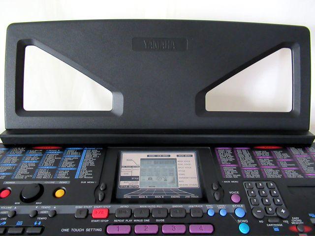 ♪YAMAHA/美品♪ヤマハ/ポータトーン/電子ピアノ/キーボード/PSR-230/GENERAL MIDI/フットスイッチ&イタリア製キーボードスタンド付/USED_ワンタッチで取付け可能な譜面台も美品です