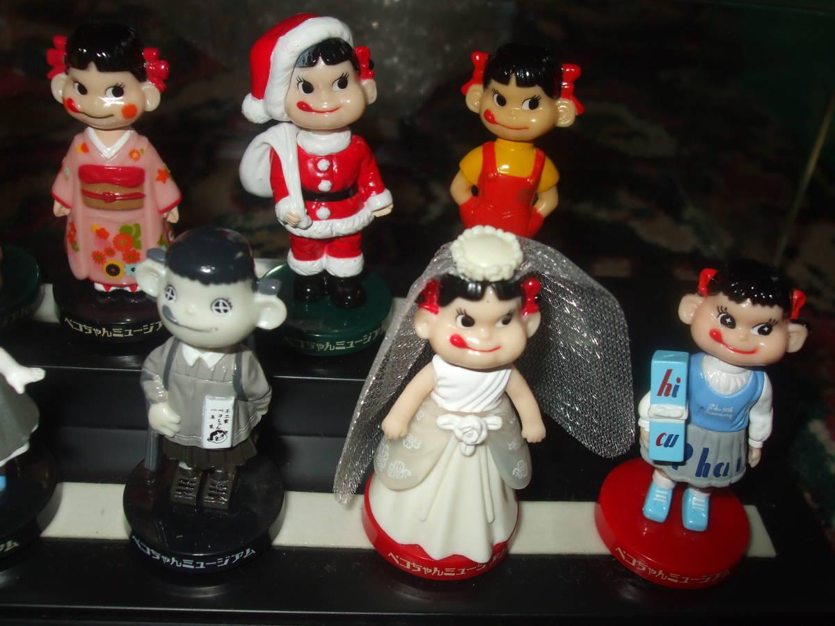 ☆【 不二家 】 ペコちゃん ミニミニ ミュージアム 首ふり人形 全12種 フルコンプ ケース入り  です。_画像3