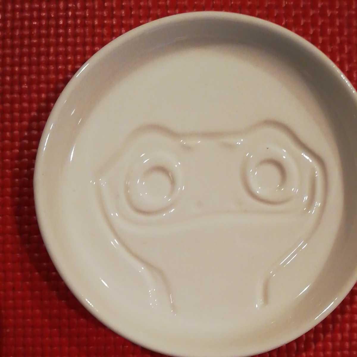 新品アナと雪の女王Ⅱ絵柄が浮き出る醤油皿2枚セット★しょうゆ小皿アナ雪エルサdisneyサラマンダーfrozenディズニーしょう油_画像4