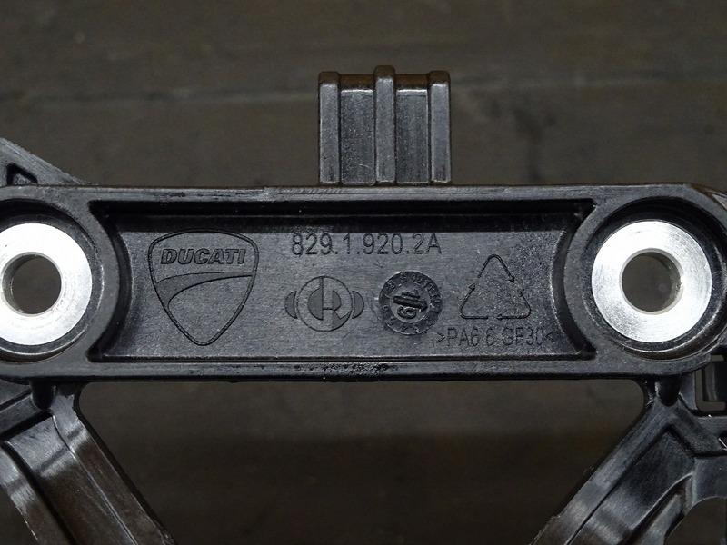 【201017】パニガーレ V4 '20■ 可変長エアインテークファンネル 可変ファンネル センサー 新古車外し!? ※検:V4S V4R_画像7
