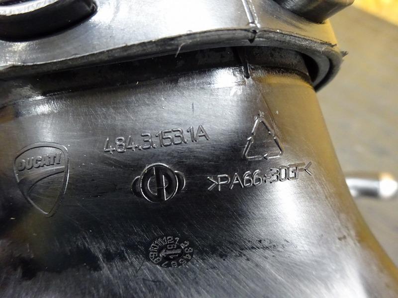 【201017】パニガーレ V4 '20◇ エアクリーナーボックス エアクリーナー エアープレッシャーセンサー 新古車外し!? ※検:V4S V4R_画像9