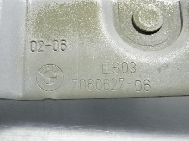 A/20J3■BMW E90 320i ABA-VA20 (Mスポーツ 2006y前期)■ボンネットヒンジ左右 7060627/628_画像5