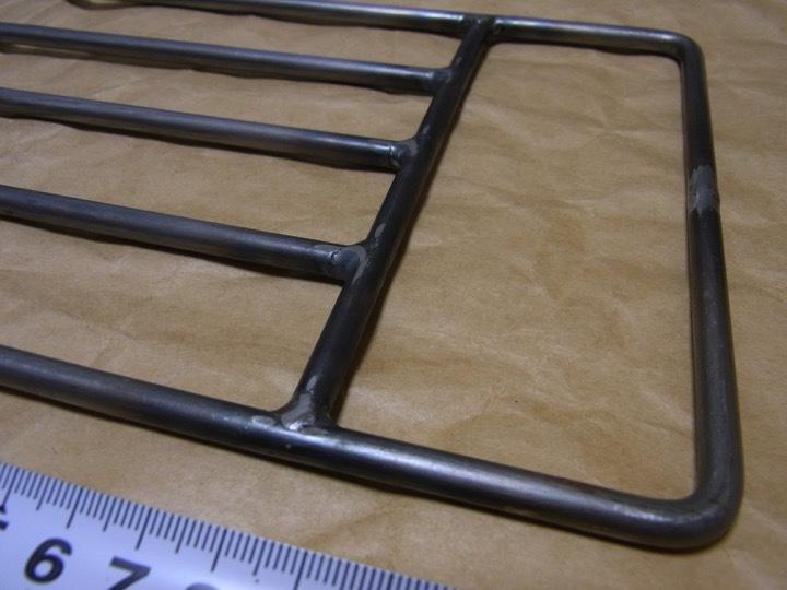 ロストル 鉄 未使用品 五徳 焚き火 ブッシュクラフト 長40cm×15cm_画像2