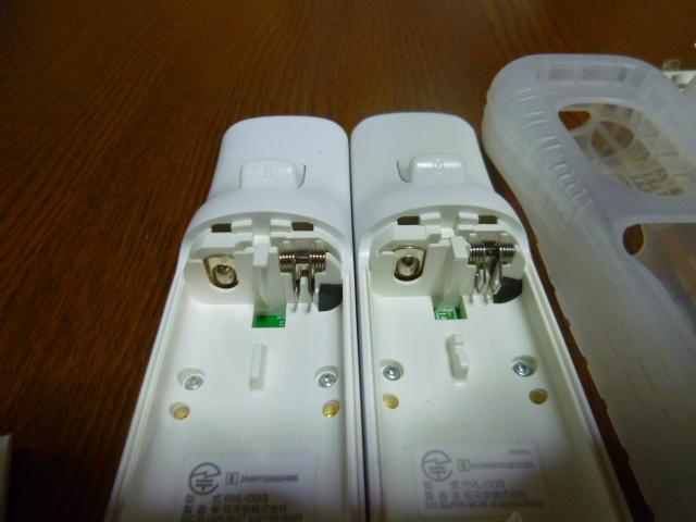 RSJN040【送料無料】Wii リモコン ジャケット  ヌンチャク 2個セット ホワイト 白(動作良好 クリーニング済)