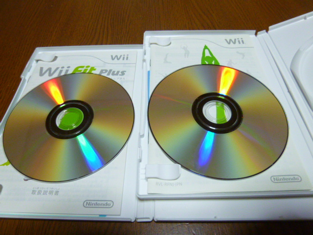 J2【送料無料】Wii ソフト セット Wiiフィット Wiiフィットプラス(クリーニング 動作確認済)まとめ