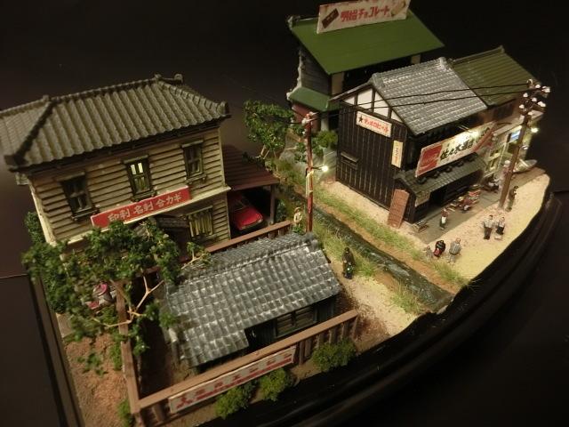 1/150 昭和の田舎の情景『昭和の懐かしい風景シリーズ 42 』 ジオラマ完成品 ライトアップ クリアケース付_夜のライトアップも是非どうぞ
