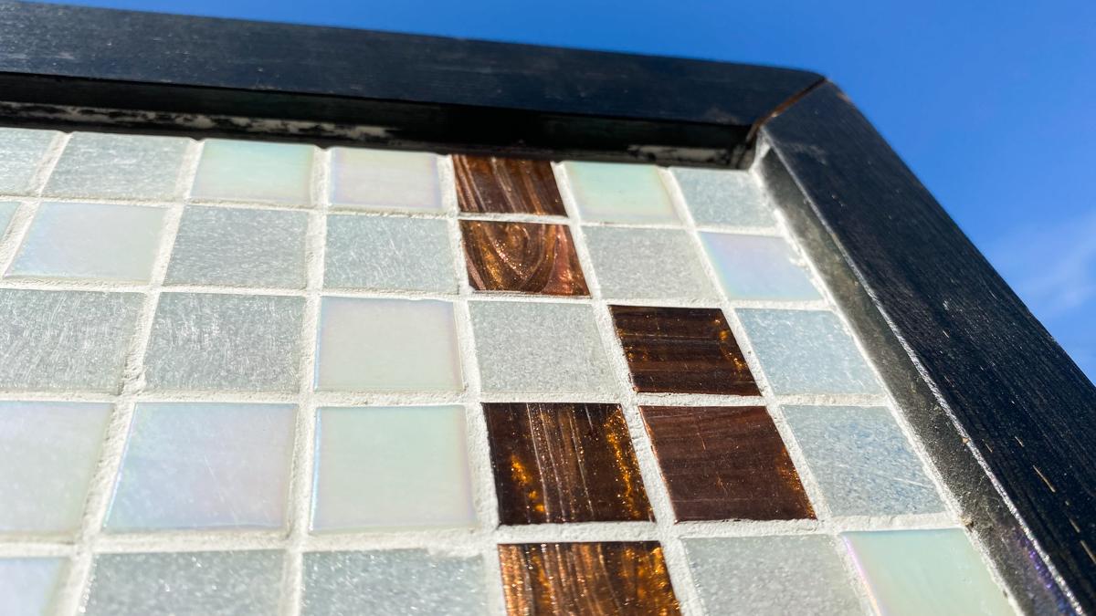 タイル絵 大きなタペストリー ガラスタイル 横2320mm 縦1040mm 光の具合が大変美しいタイルです。_画像8
