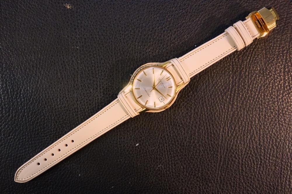 ◆台座付Dバックルビンテージベルト◆ ヌメ革 日本製 (台座幅,バックル色選択可) 18mm 腕時計ベルト ビンテージ デッドストック SEIKO等に_装着例。時計サイズ36㎜、台座42㎜。