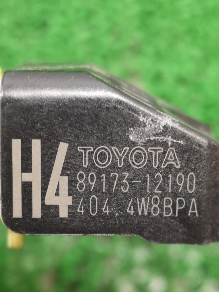NHP10 後期【エアバッグセンサー エアバック 左 89173-12190 定形外¥250可 】H27 トヨタ アクア S (4.4万㌔) AQ7C_画像2
