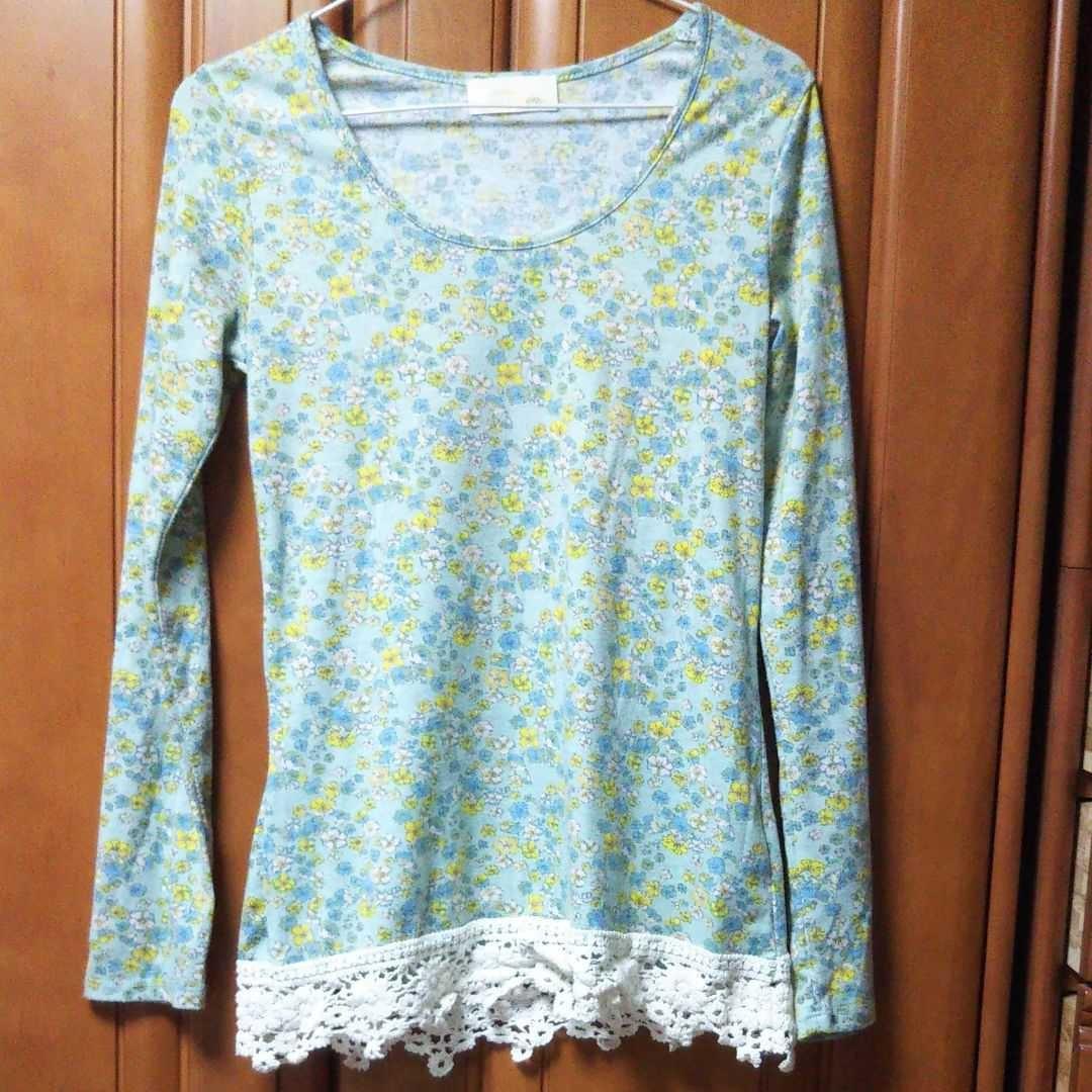 カットソー        長袖Tシャツ   花柄