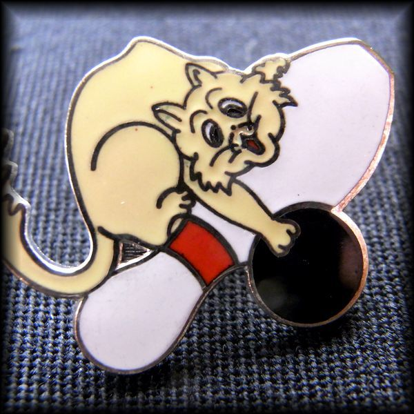 USA BOWLING PIN ボウリング ピンバッジ 猫 No 24