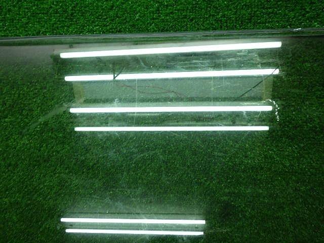 トヨタ 60系 ランドクルーザー  左側 リアクォーターガラス 190409040_画像2