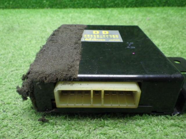 トヨタ HDJ81 ランドクルーザー トランスミッションコンピューター 88650-60980 200710031_画像2