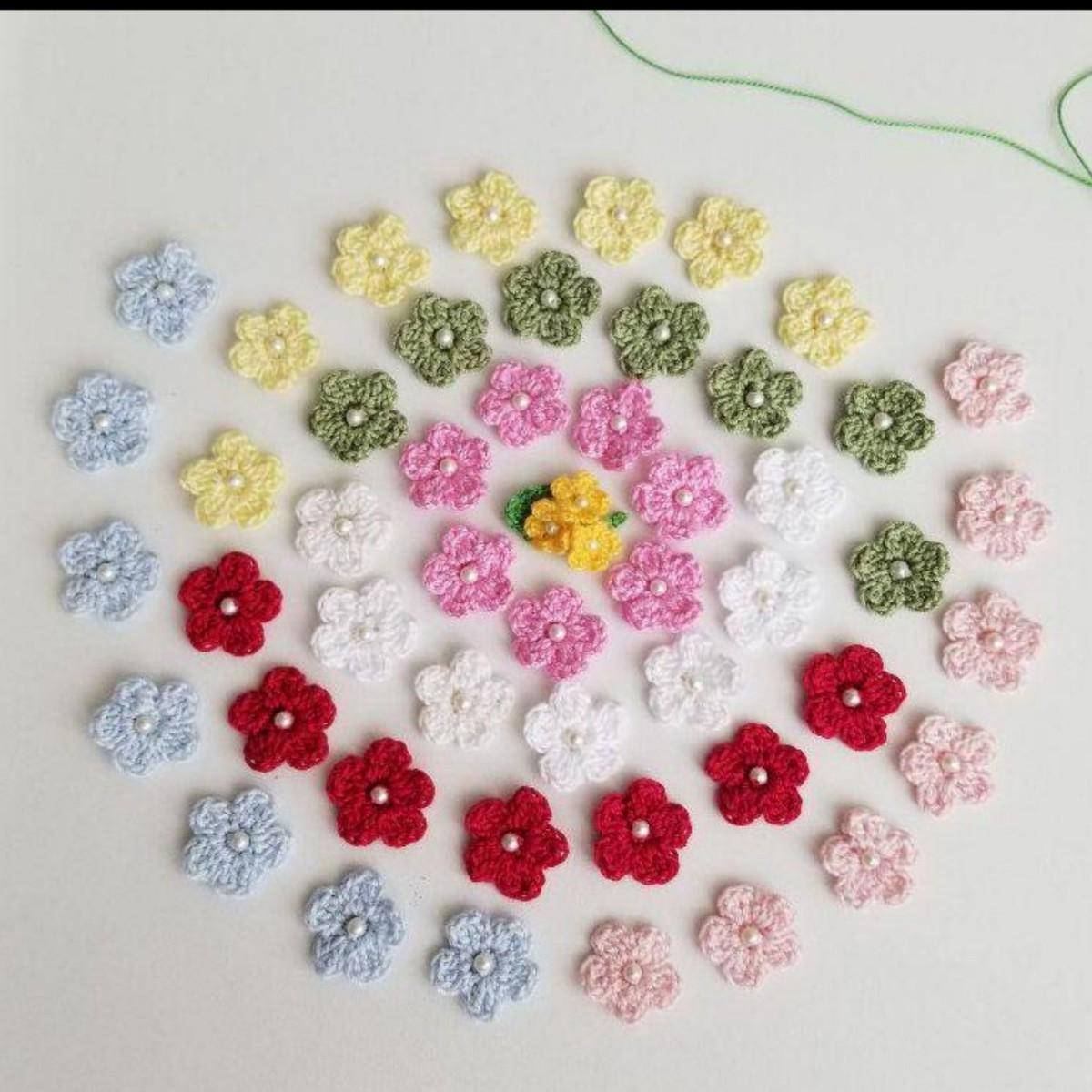 ハンドメイド手編み ビーズ付きフラワー モチーフ 全50枚セット ハンドメイド