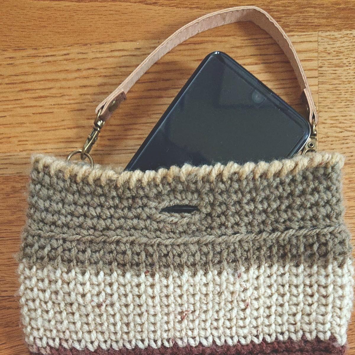 ハンドメイドのバッグインバッグ、スマホケース