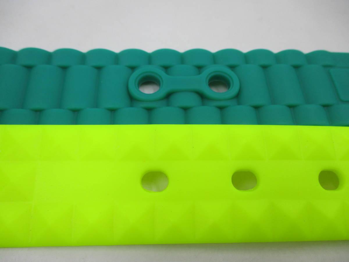 未使用 カスタマイズ シリコン ラバーベルト s ベルト2本+バックル6個を組み合わせて楽しむ 切断可 腰 ゴム カジュアル 差し色 送料無料_ベルト穴付近。参考にどうぞ。
