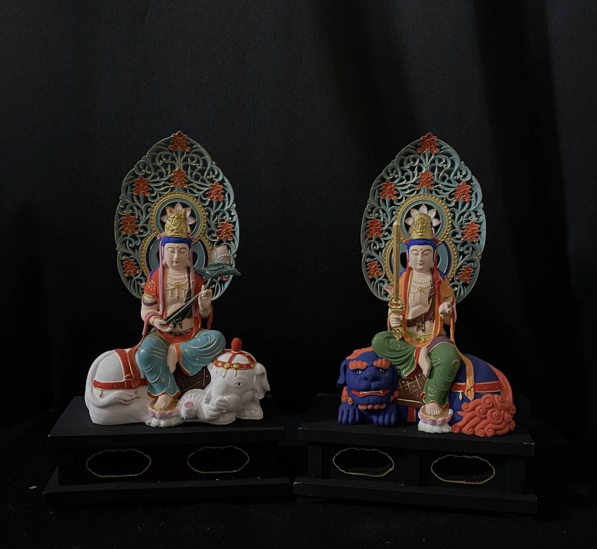 新作 総柘植材 仏教工芸品 彩繪 本金 切金 木彫仏教 精密彫刻 極上品 仏師で仕上げ品 文殊菩薩、普賢菩薩座像