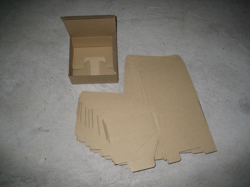 ダンボール箱 15×15×6 60サイズ 段ボール箱 5枚 折り畳み式 梱包用 発送用 小物用 宅急便 梱包資材 未使用品_画像1