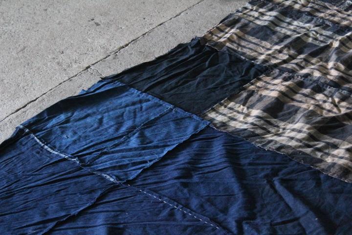 TB526襤褸 ボロ 木綿藍染 288×287cm◇はぎれ/刺子/縞帖/風呂敷/布団皮/古布/リメイク素材/継ぎ接ぎ/古道具タグボート_画像3