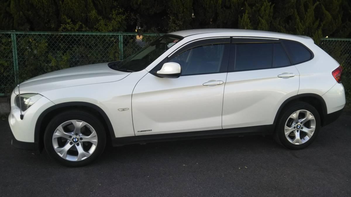 「BMW X1 s18i 綺麗な一台、程度良好!車検あります。」の画像2