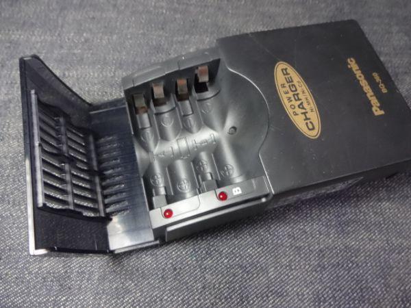 ★急速充電器PanasonicパナソニックBQ-360単3型&単4型2本バッテリーチャージャー充電器ニカド電池ニッケル水素電池_画像3