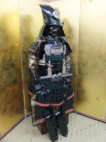 美品 【竹中 半兵衛 創作等身大鎧 変わり兜】  兜 甲冑  鎧 _国内での手作り品でございます。