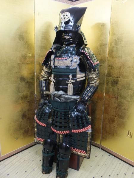 美品 【竹中 半兵衛 創作等身大鎧 変わり兜】  兜 甲冑  鎧 _現代作成品等身大鎧でございます。