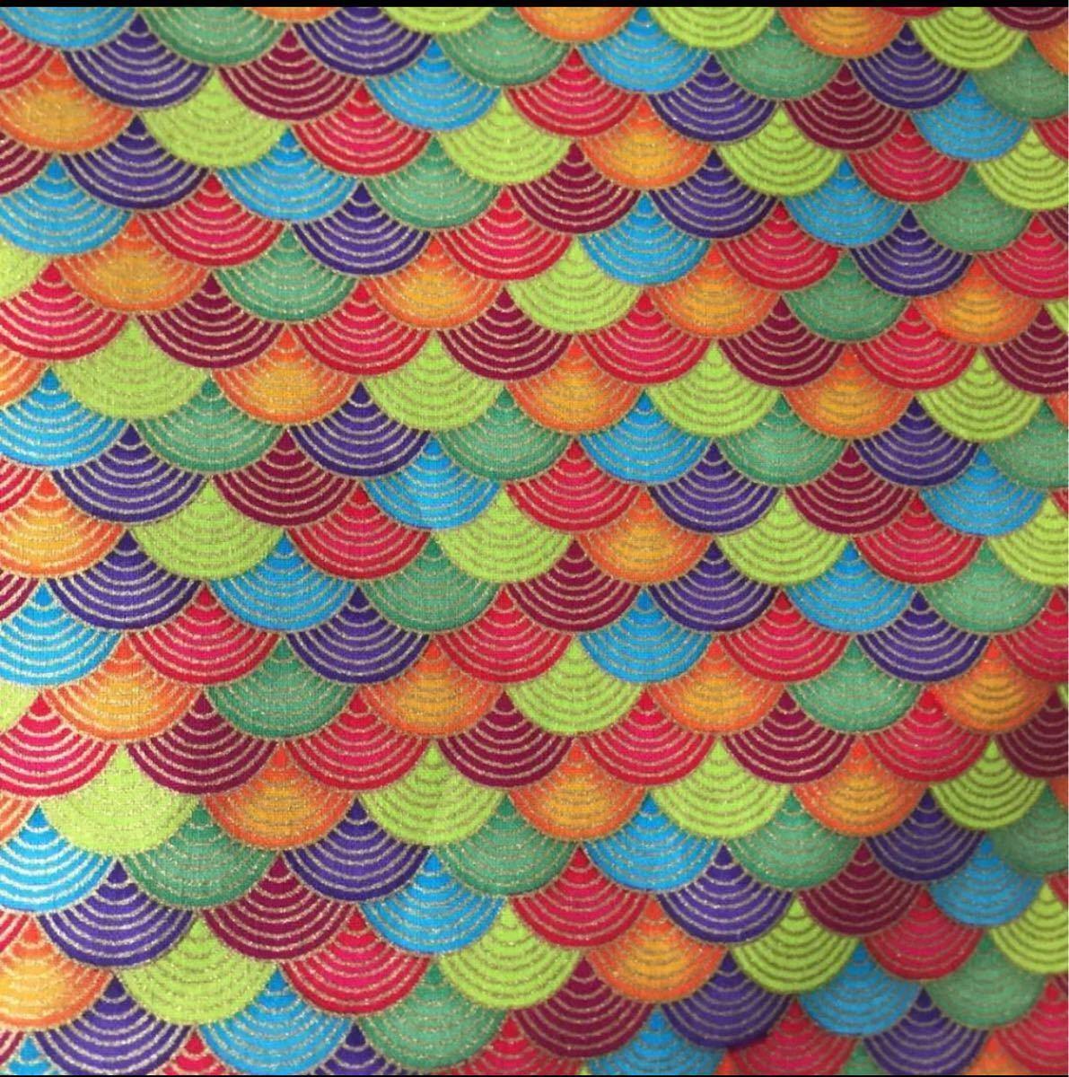 生地 ハギレ 和柄 小波柄 50cm 金糸プリント 赤系