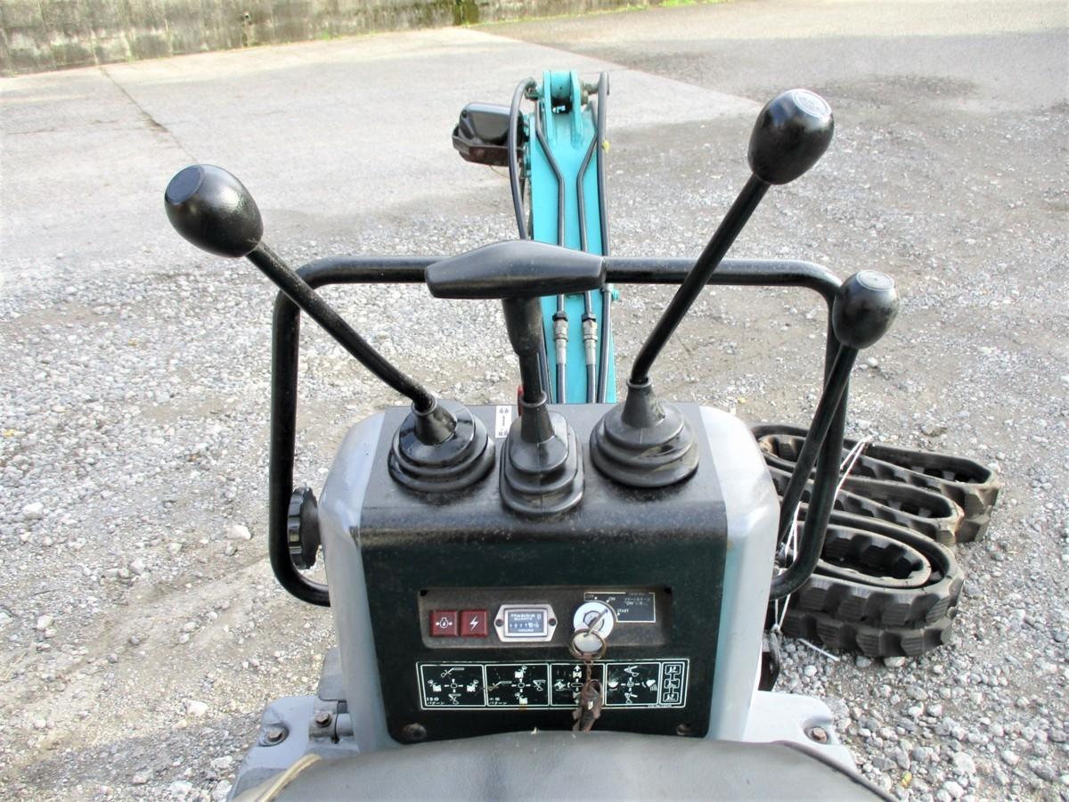 ◆売切り◆コマツ 油圧ショベル ミニユンボ 小松 0.5トン PC02-1A ゴムキャタ 排土板 バックホー 車体◆宮崎発◆農機good_画像8