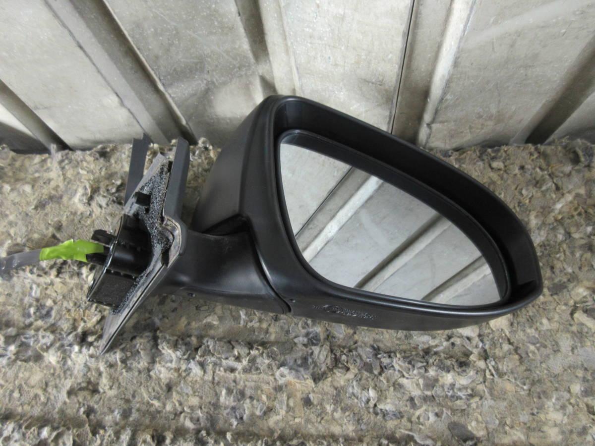 Q9Q9 NHP10 10系 アクア 中期 純正 OP オプション メッキ ドアミラー 右 電動格納OK ウィンカー点灯確認済み H27年 9AF Dバイオレット S_画像10