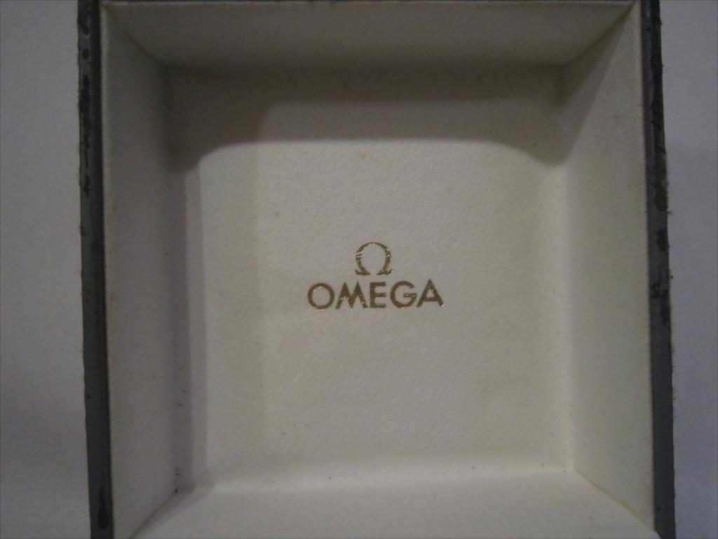 レア 昭和 OMEGA オメガ 純正 腕時計ケース 箱 木製 ボックス のみ 収納BOX 空箱_画像3