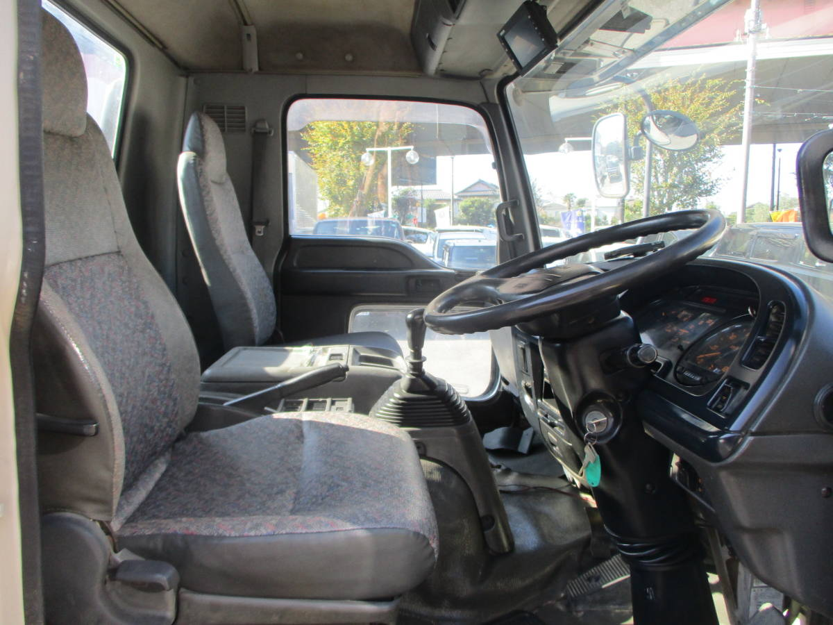 「即決16年8月フォワード脱着装置付きコンテナ専用車(アームロール)3900kg積・極東フックロール・全国登録可能」の画像3
