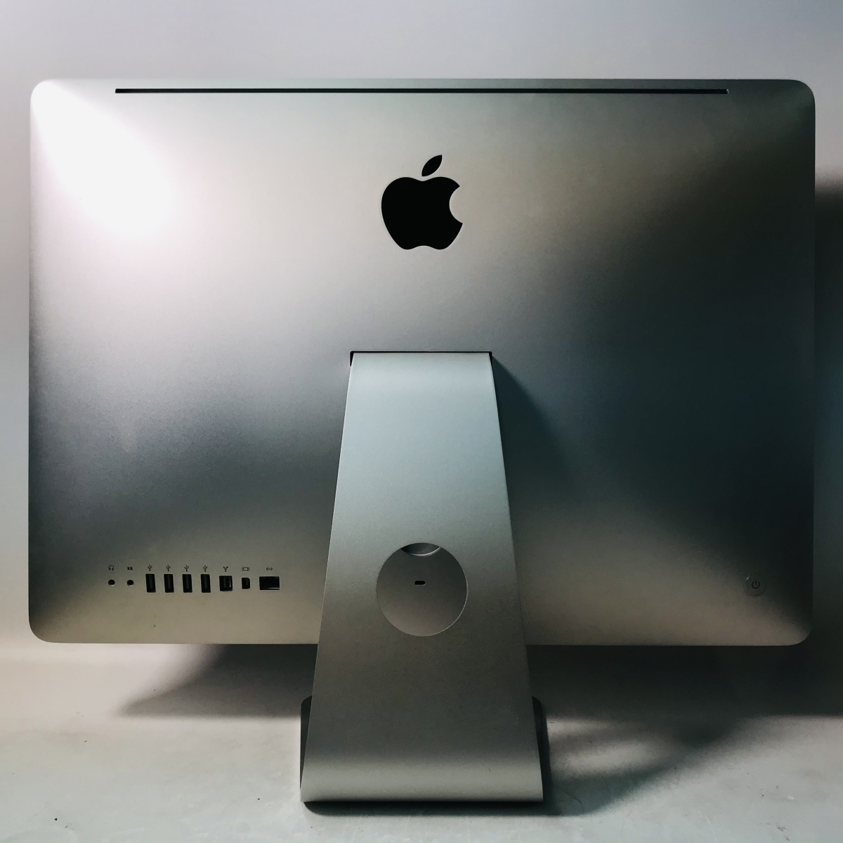 iMac 21.5インチ(Mid 2010) Core i3 3.2GHz/4GB/1TB MC509J/A 動作確認済み_画像4
