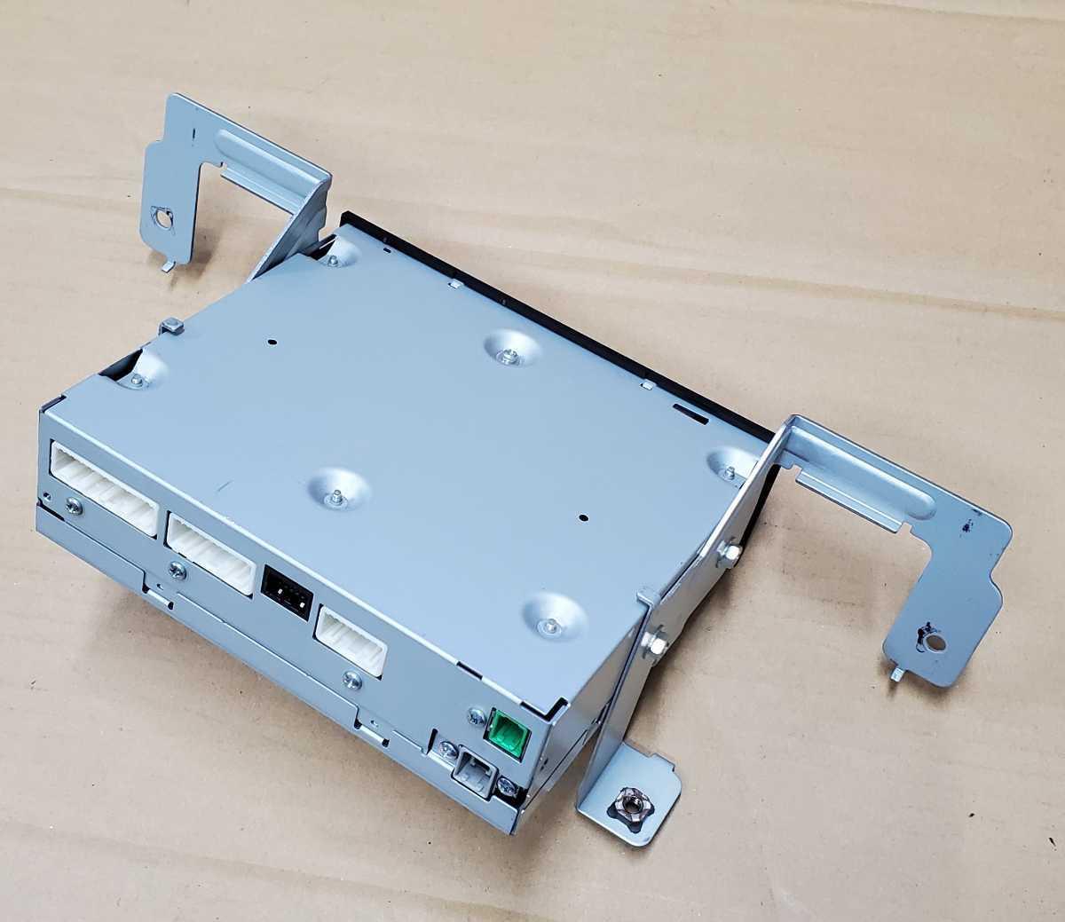 日産 フェアレディZ Z33 純正 後期 ナビ CCU-3406M 電源OK Bluetooth_画像4