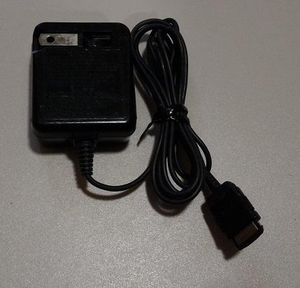 訳あり品 SoftBank ソフトバンク ACアダプタ SHCAA1 シャープ 携帯電話用充電器 ガラケー SHARP vodafone ボーダフォン_画像3